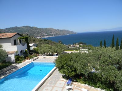 Photo for Large terrace with sea view, 2 bedrooms, Wi-Fi and swimming pool