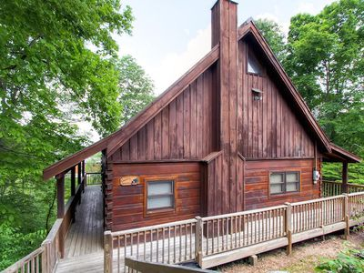 Photo for Country Hideaway is a 2 bedroom log cabin with a loft near Dollywood