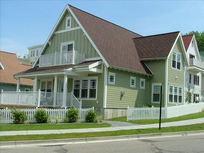 Grand Haven Cottages