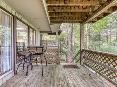 Photo for One bedroom condo at the base of Sugar Mountain w/private balcony & porch swing