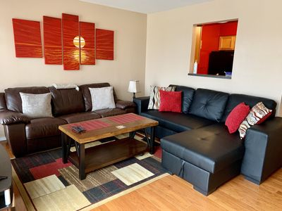 Photo for Cozy Downtown Condo on the River! Walk to Broadway and Germantown!