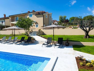 Photo for Spacious villa with private Pool near Porec