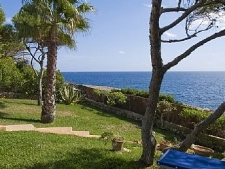 Photo for Seafront Villa with Private Pool, Breathtaking Sea View