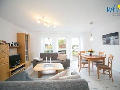 Photo for Apartment with two separate bedrooms and sunny terrace!