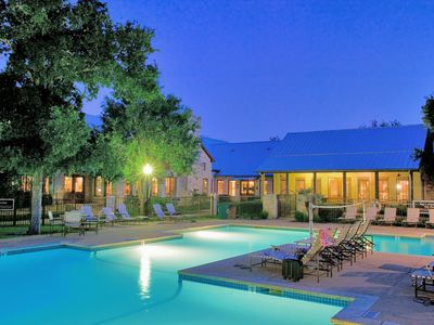 Photo for 15 Mins from Downtown Austin - Gym, Pool, Parking