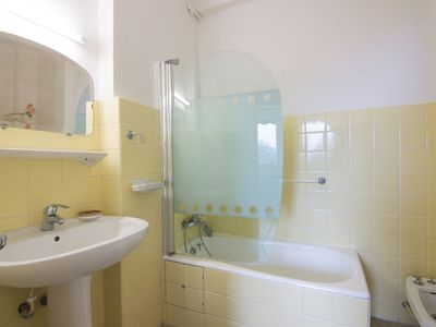 Photo for Apartment 1.3 km from the center of Nice with Lift, Internet, Air conditioning, Balcony (329519)
