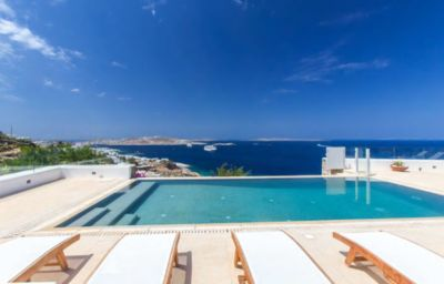 Photo for Villa Yasmina-Perfect in Mykonos with private pool
