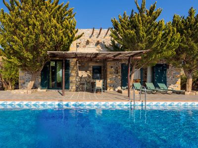 Photo for Luxury and spacious 2 bedroom villa with Private Pool Overlooking the Mediterranean Sea