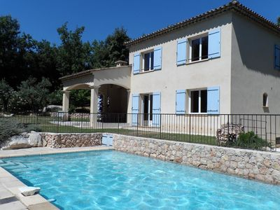 Photo for Quiet house for 14 people, 6 bedrooms, secure swimming pool, Wifi