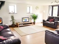 Beautiful property well equipped clean and very comfortable