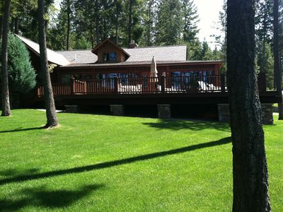 Photo for FABULOUS Lakefront Property on Rocky Point! Classic cabin with every amenity!