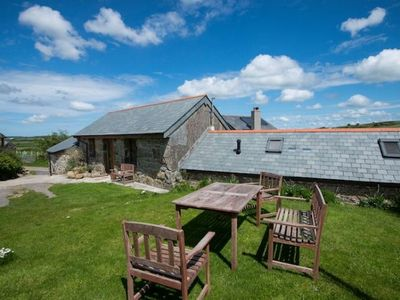 Photo for Fantastic barn conversion with two round rooms!