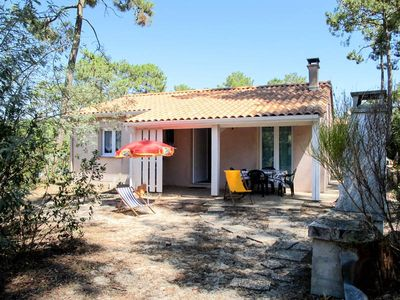 Photo for Vacation home Haut Carreyre  in Lacanau Haut - Carreyre, Aquitaine - 4 persons, 2 bedrooms
