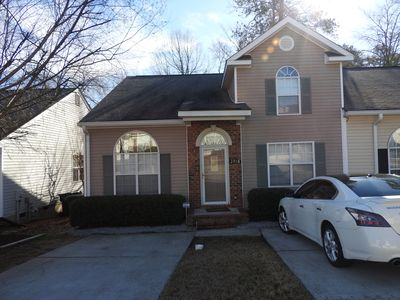 Photo for 3bdrm/ 3bth townhouse w/loft 1.1miles from the MASTERS