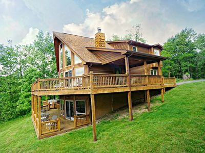 Photo for Sparks to Stars - Lake Access Pet Friendly Home w/ Hot Tub