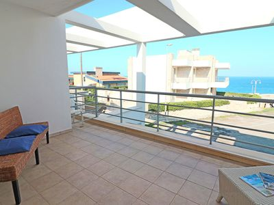Photo for Apartment just a few Meters from the Sea with Air Conditioning; Parking available; Pets Allowed
