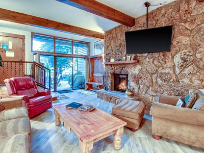 Photo for Mountain condo w/semi-private gated patio, free ski shuttle, near golf & lake!