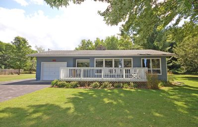 Photo for Cute Cottage Across from Big Glen; 2BR/2BA/Den; Acc: 8