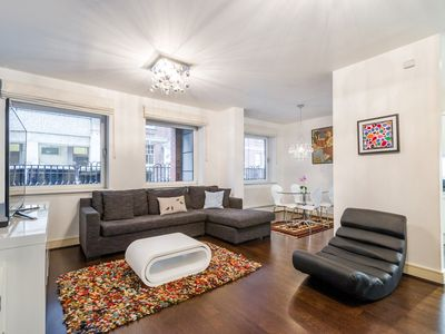 Photo for OXFORD STREET APARTMENT / 20 WOH
