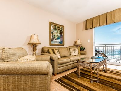 Photo for 5th Floor Condo w/ Steps From The Gulf, Restaurants Minutes Away