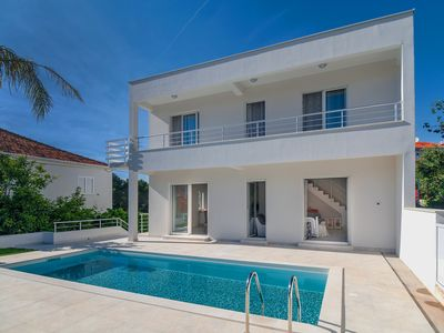 Photo for Perfect Location and Luxury with Pool by the Beach and close to Trogir old town