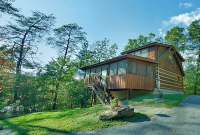 Secluded Log home with views - Private log home, A Wild Turkey