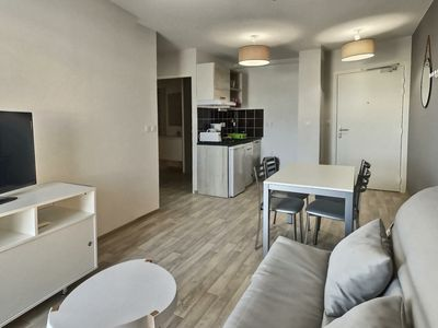 Photo for Great appartment for 4 people + 1 baby. B304