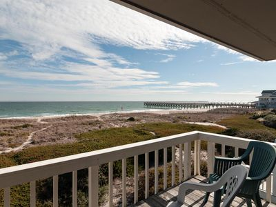 Photo for Great oceanfront townhome with some of the best views on the island