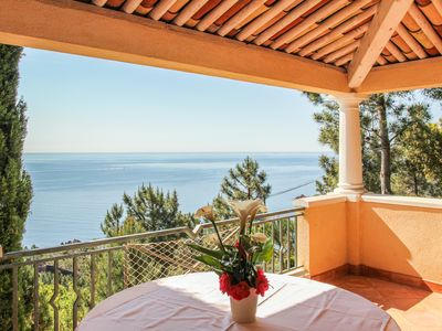 Photo for STUDIO FULL OF CHARM 28m2 terrace 22m2 PANORAMA SEA / MASSIF OF ESTEREL