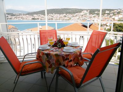 Photo for Large sea view apartment, just 50m from the beach, 4km from Trogir Old Town
