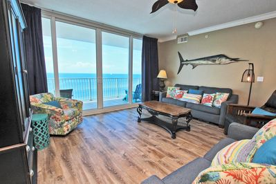 10th Floor Beach Front Condo in Gulf Shores