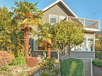 Photo for Lovely oasis in one of Seattles hottest neighborhoods!