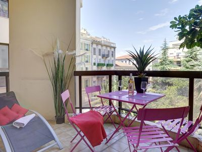 Photo for APARTMENT TERRACE, OLD FACE-NICE, ELEVATOR, CLIM, WIFI