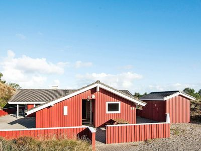 Photo for 8 person holiday home in Henne