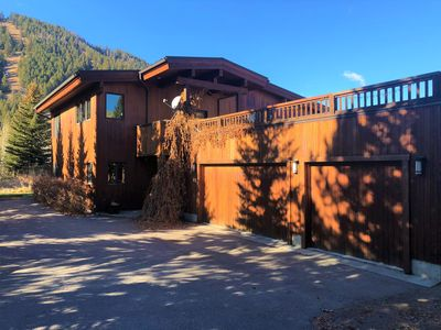 Photo for JUST LISTED! Contemporary Private Home close to Ski Lifts and Town