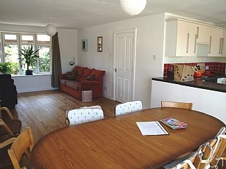 Photo for 4 Bedroom Bungalow In Perranporth (dog friendly)