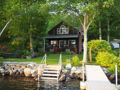 Classic Lake House_Fireplace_WiFi__Family & Friends Gather_ 4 Steps to Lake