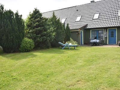 Photo for The InselHaus am Schwanenteich - family holiday / grill terrace / garden