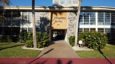 Photo for Awesome location, St Armand's condo close to beach and shopping