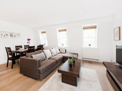 Photo for SPECTACULAR LARGE 2-BED IN COVENT GARDEN/SEVEN DIALS