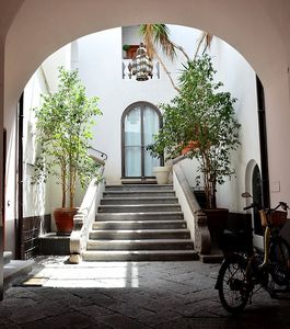 Photo for Appartamento Don Mimi: A welcoming two-story apartment located in the center of Sorrento, with Free WI-FI.