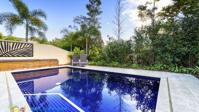 Photo for GOLD COAST HOLIDAY HOUSES  - BAYHILL MANOR AT THE COVE