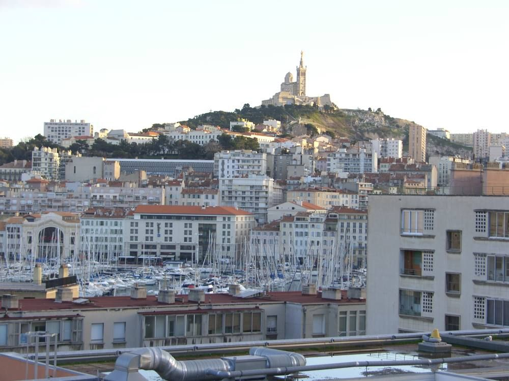 Marseille T3 (96 m2) City center 5 mn. Old harbor with clear view