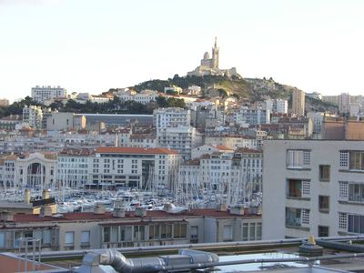Photo for Marseille T3 (96 m2) City center 5 mn. Old harbor with clear view