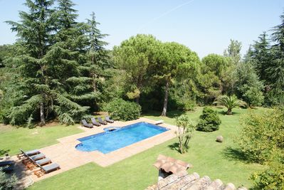 Country House With Beautiful Garden And Pool In Spectacular