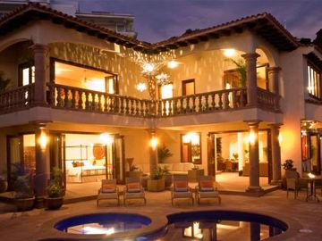 1 NIGHT FREE-GOLD AWARD WINNER - STAFFED LUXURY VILLA, OCEAN VIEW, POOL,& BAR