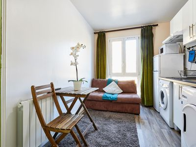 Photo for One Bedroom apartment close to Paris