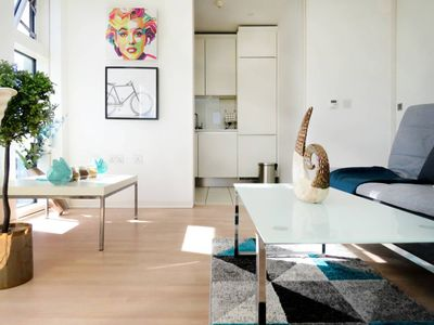 Photo for Modern design 1 bedroom apartment with skyline views in iconic building