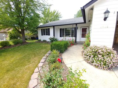 Photo for Close to City, Cda. Lake, Golf, skiing, mountain trails, the best of both worlds