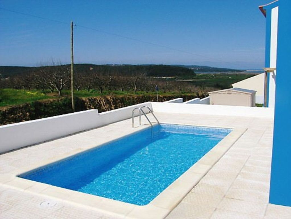 Municipality Of Óbidos House Rental   The Villa Has A Private Pool